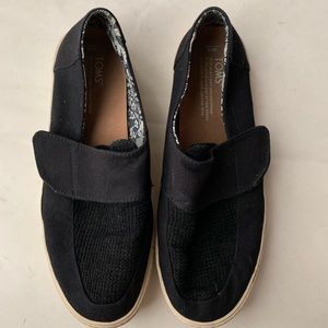 🆕TOMs Altair slip-on strap slide sneaker black 9